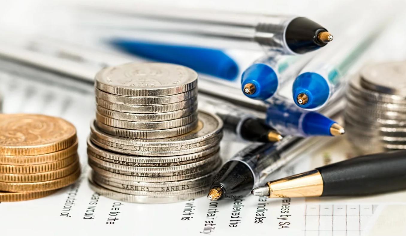 宅建の名義貸しは今でも多い。名義貸しの報酬相場はいくら?